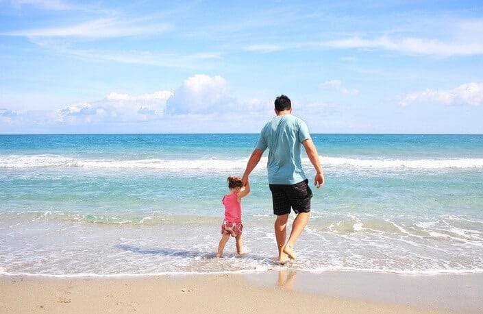 father-daughter-beach-sea-38302